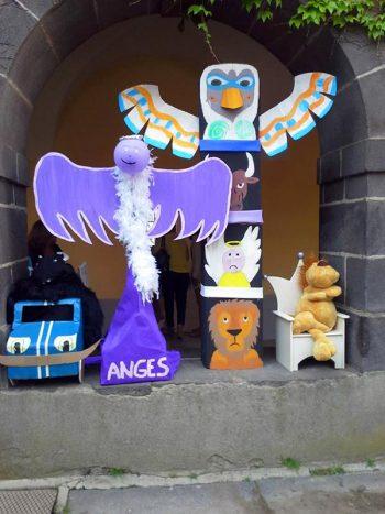 Les Fraternités : Aigles, Anges, Lions, Taureaux