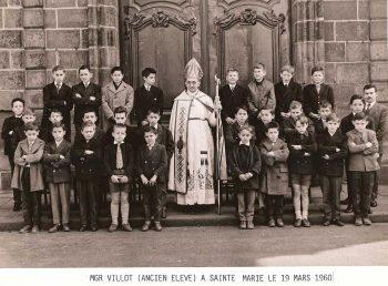 1960-visite-de-mgr-villot